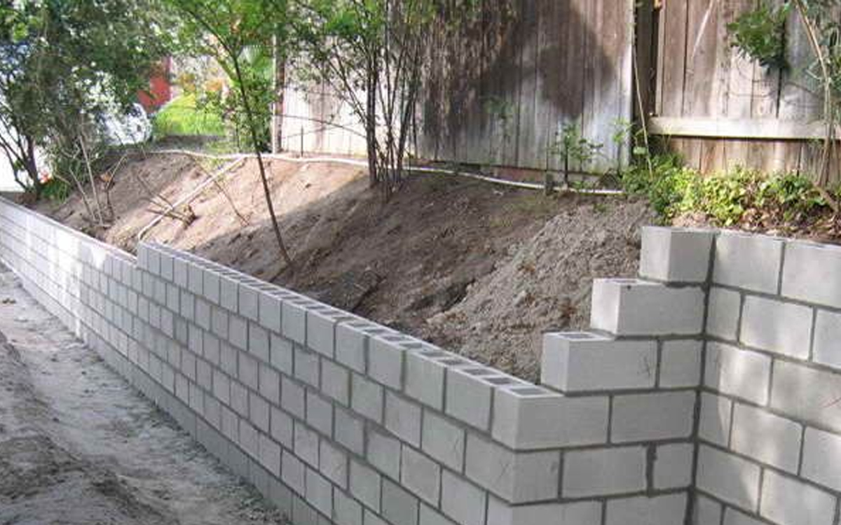 Great ideas for using masonry blocks in your outdoor space